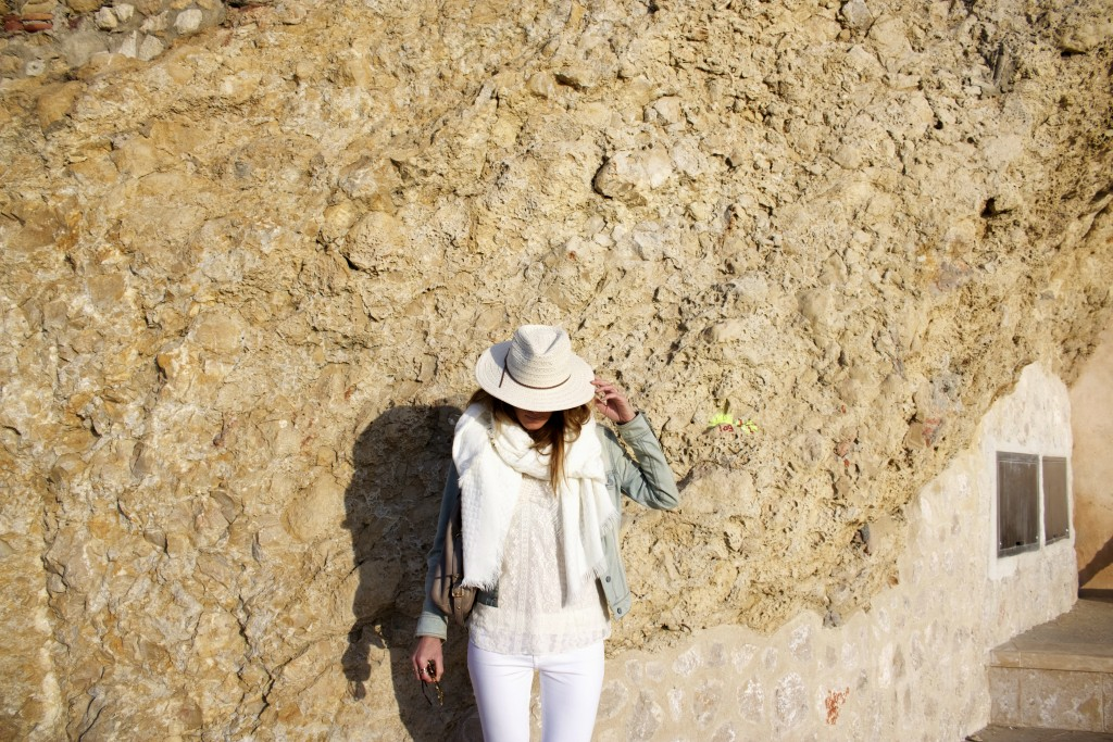 ale by alessandra hat white