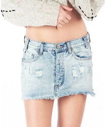 BLUE HART JUNKYARD RELAXED DENIM MINI SKIRT one teaspoon