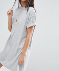 ASOS DESIGN - Ultimate - Robe t-shirt avec manches à revers