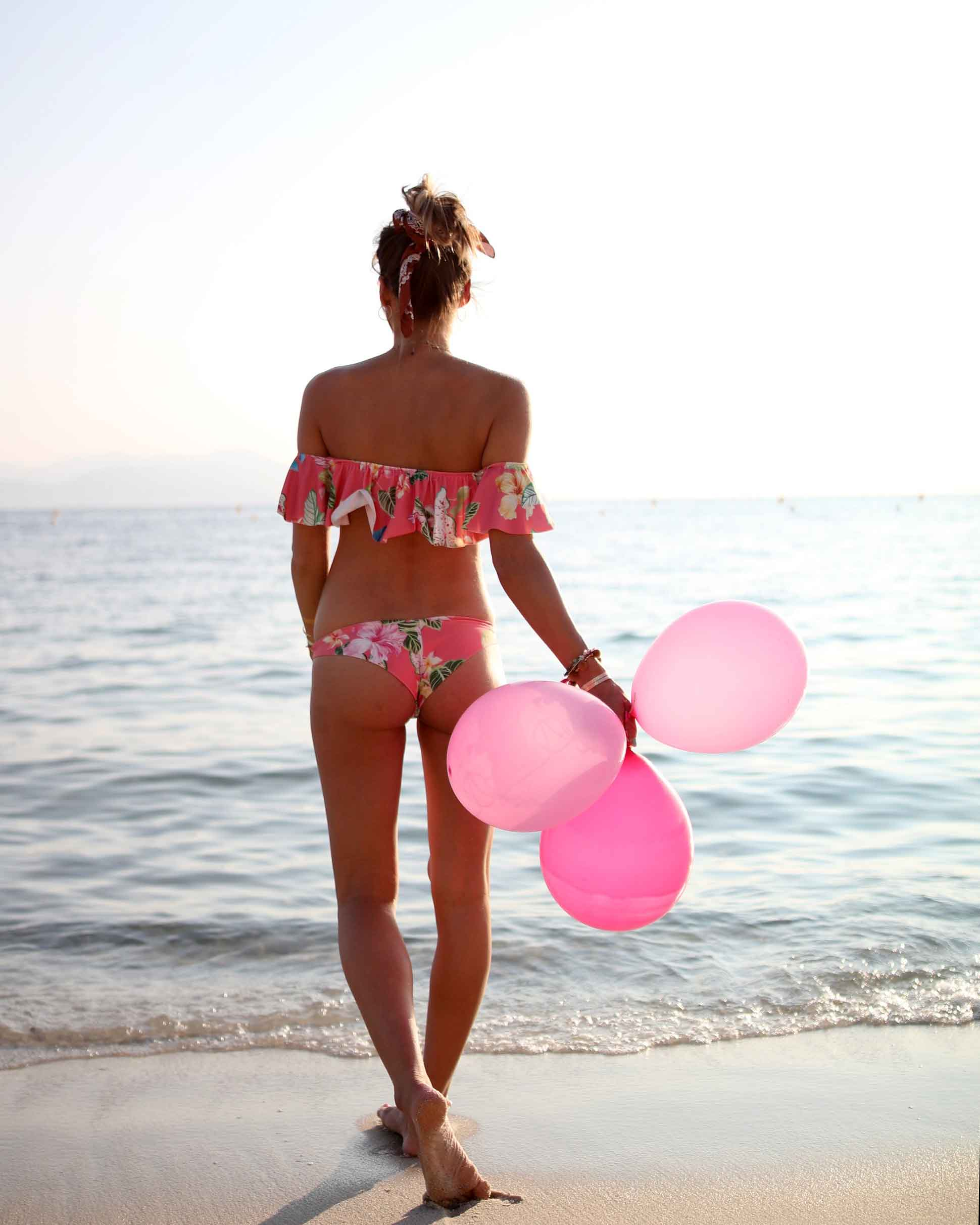 birthday girls, ruffle bikinis, mon petit bikini, bikini, pink baloons, beach life, bikini body