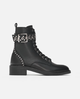 BOTTINES EN CUIR À CLOUS zara