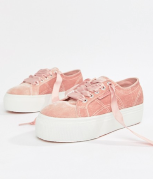 SUPERGA – BASKETS À PLATEFORME EN VELOURS – ROSE
