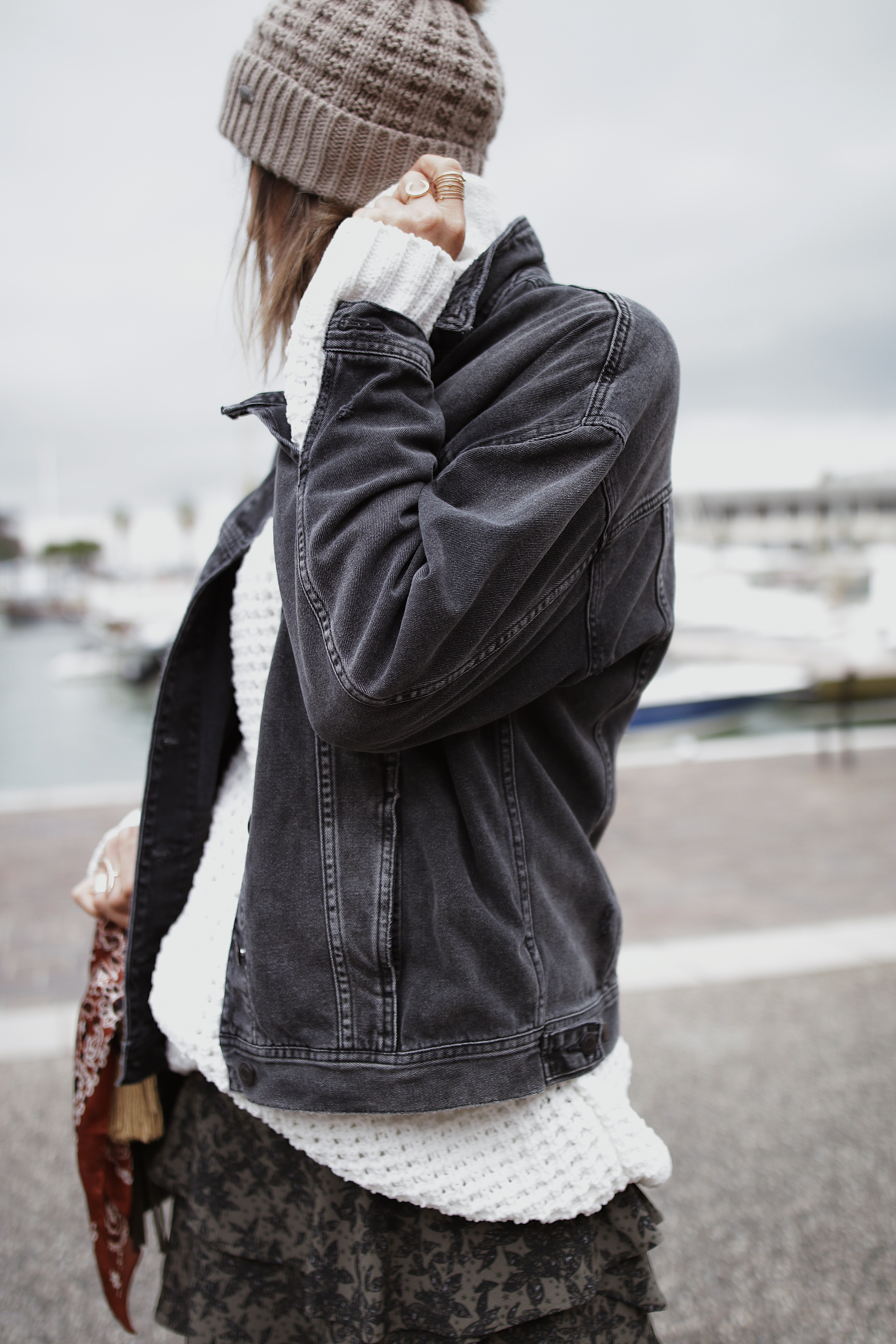 mini skirt, white sweat and denim jacket, black booties, casual style