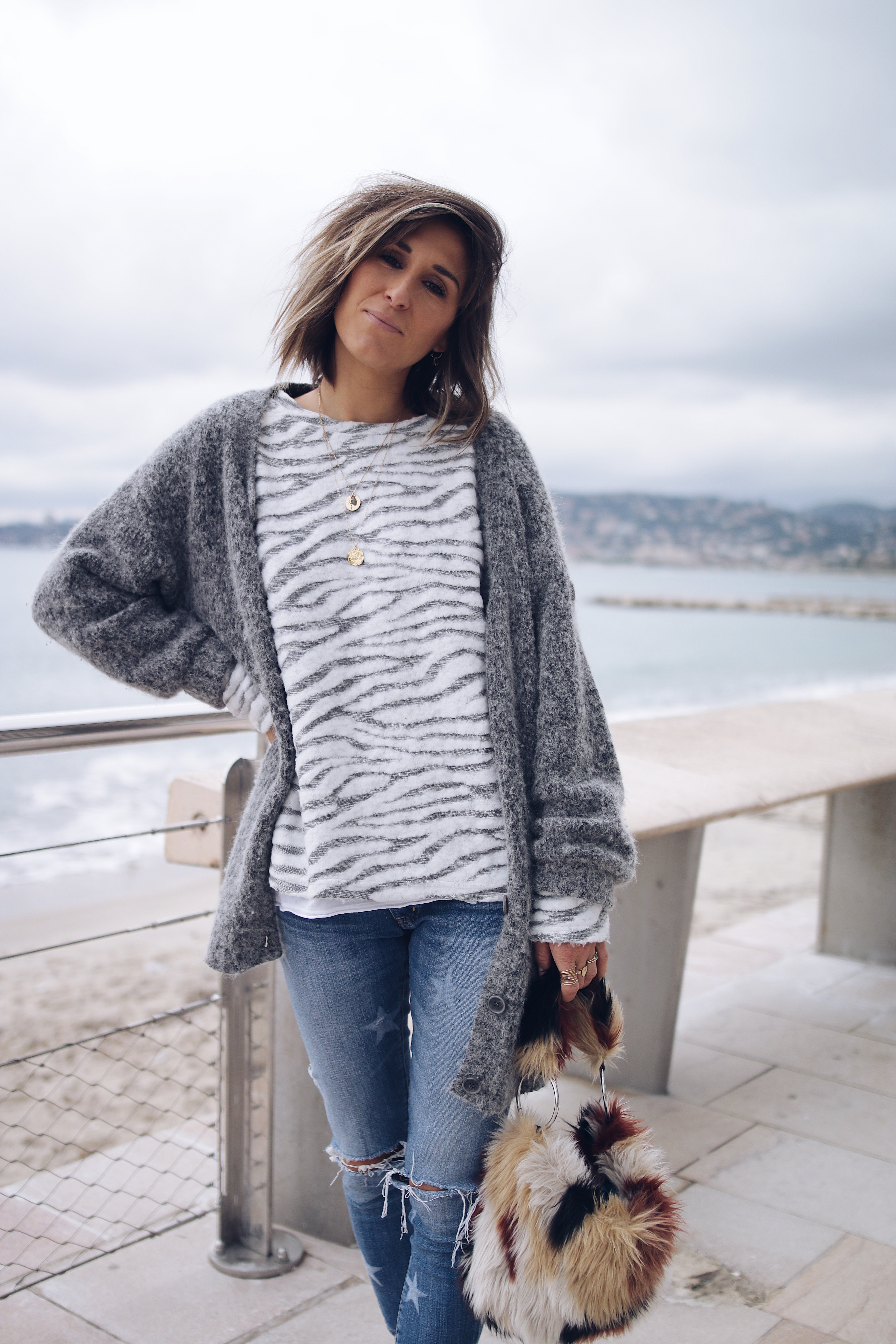 Casual style, denim style, knit lover, knit outfit, knit and denim outfit