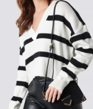 Pinstriped V-neck Knitted Sweater White NA-KD Trend