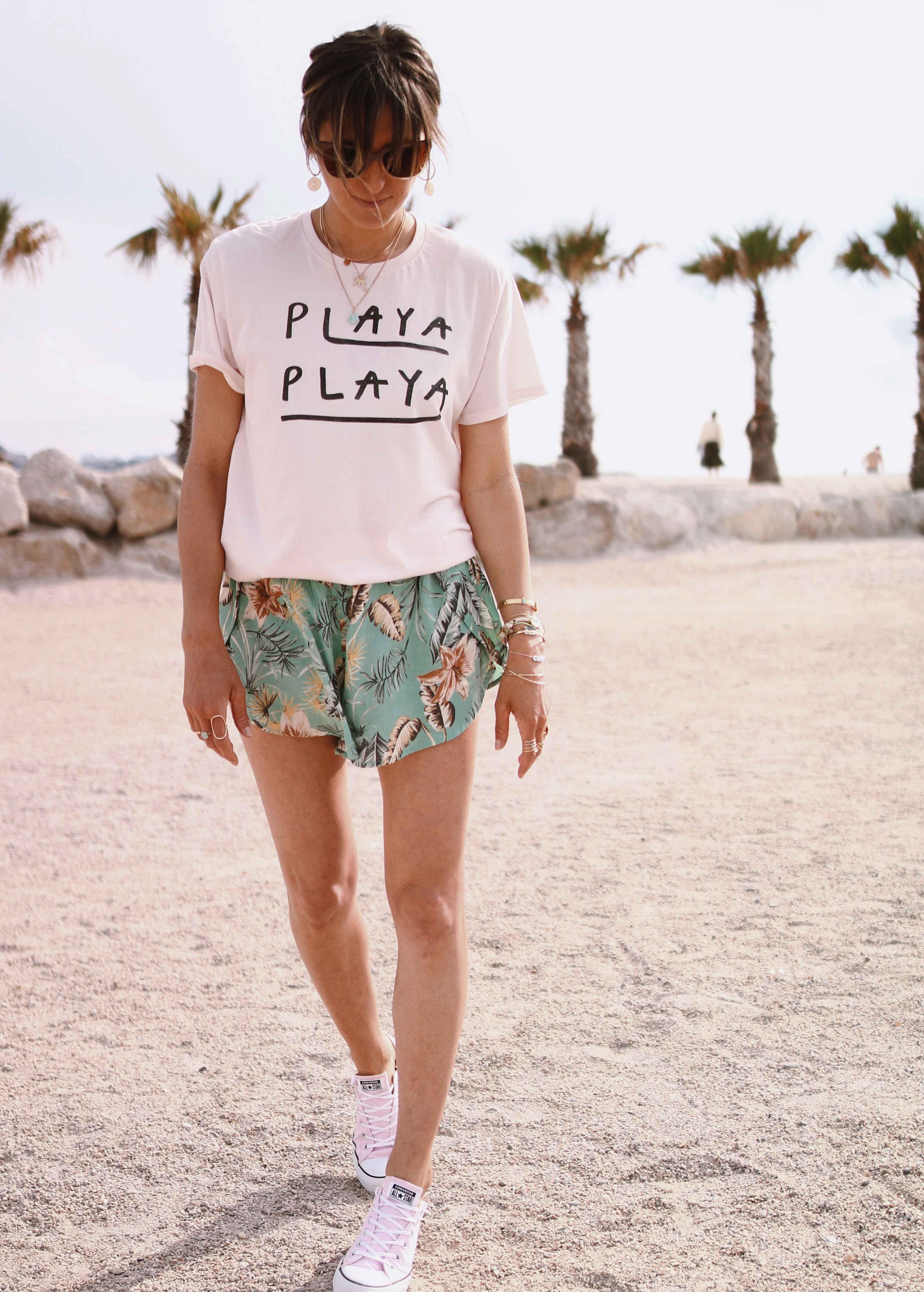 Chon & CHON - www.chonandchon.com - PLAYA PLAYA - t-shirt amuse society playa playa, short plage fleuri, beach look, casual style