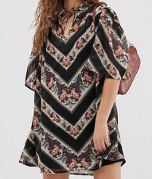 ASOS DESIGN – Robe fluide courte à col style années 70 avec rayures et motif cachemire