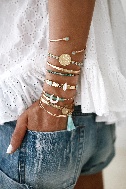 @chon.and.chon www.chonandchon.com - BLUE & GOLD & BLUE - bracelets accumulation, bijoux addict, bijoux fait main, jewelry designer, jewelry inspiration, bracelets stack
