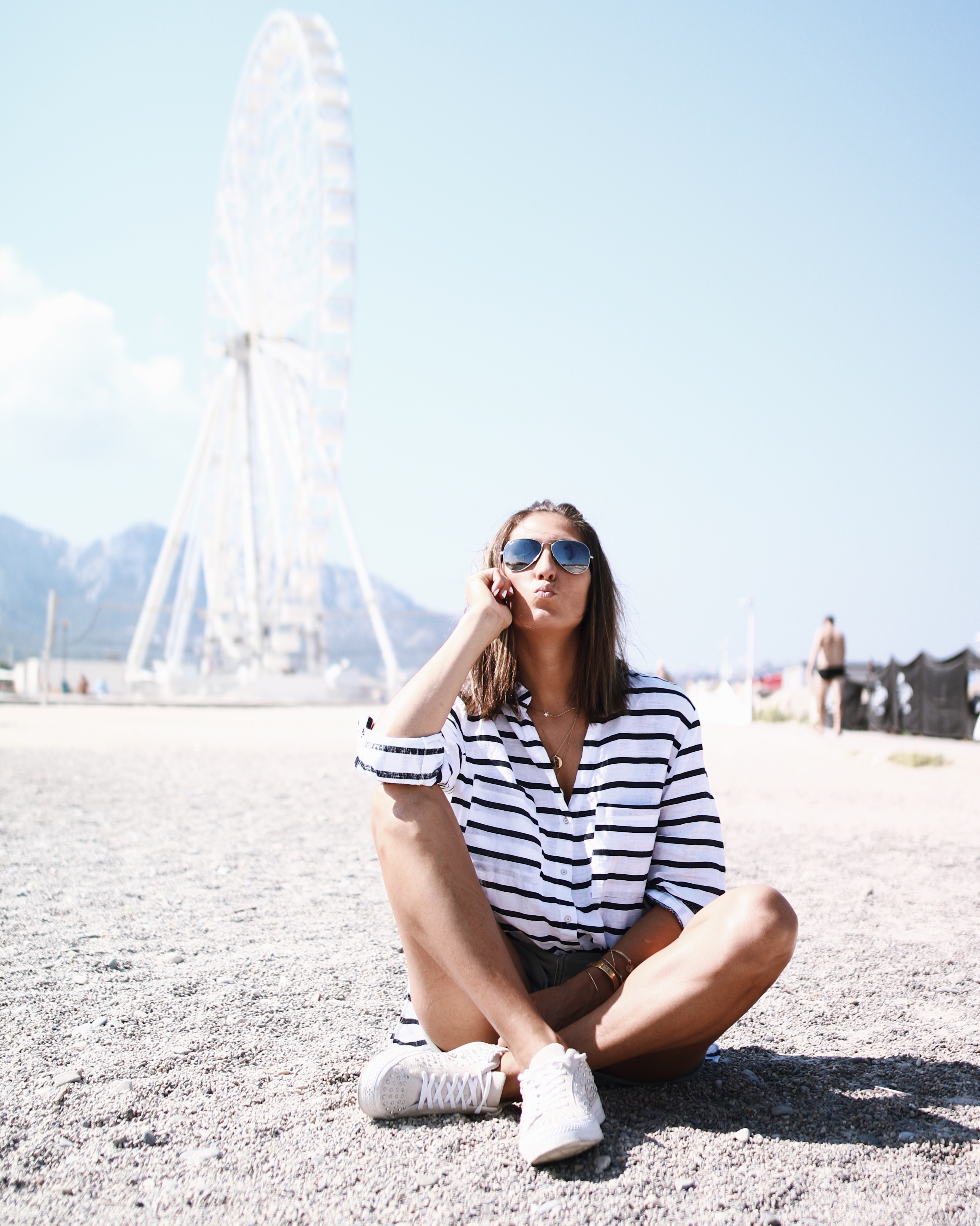 @chon.and.chon - www.chonandchon.com casual outfit, zara shirt, nabidts denim shorts one teaspoon, denim shorts, fashion blogger