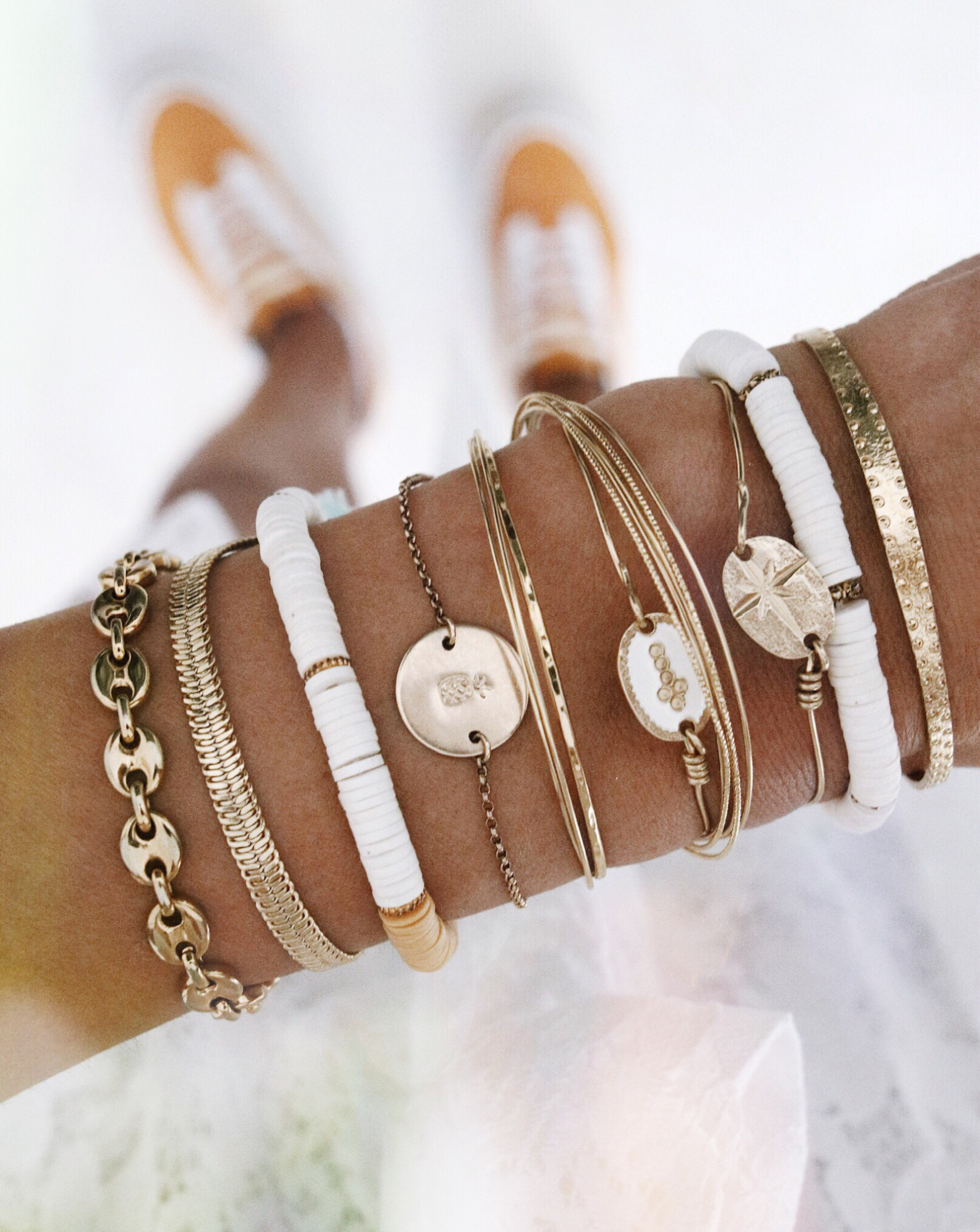 @chon.and.chon www.chonandchon.com, gold bracelets, handmade jewelry, gold jewelry, armcandy, bracelets accumulation, bracelets or