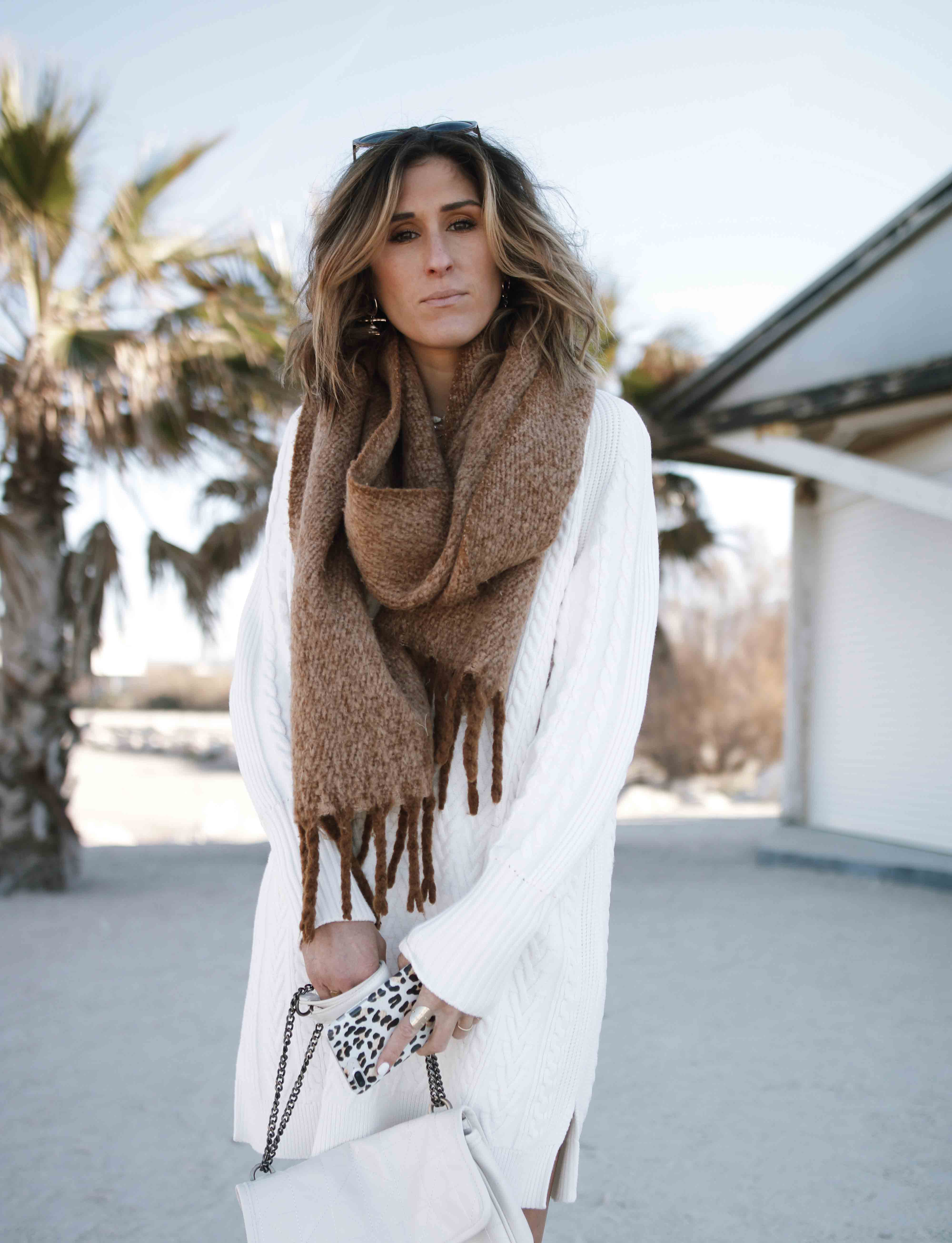 @chon.and.chon robe pull en maille, manteau camel