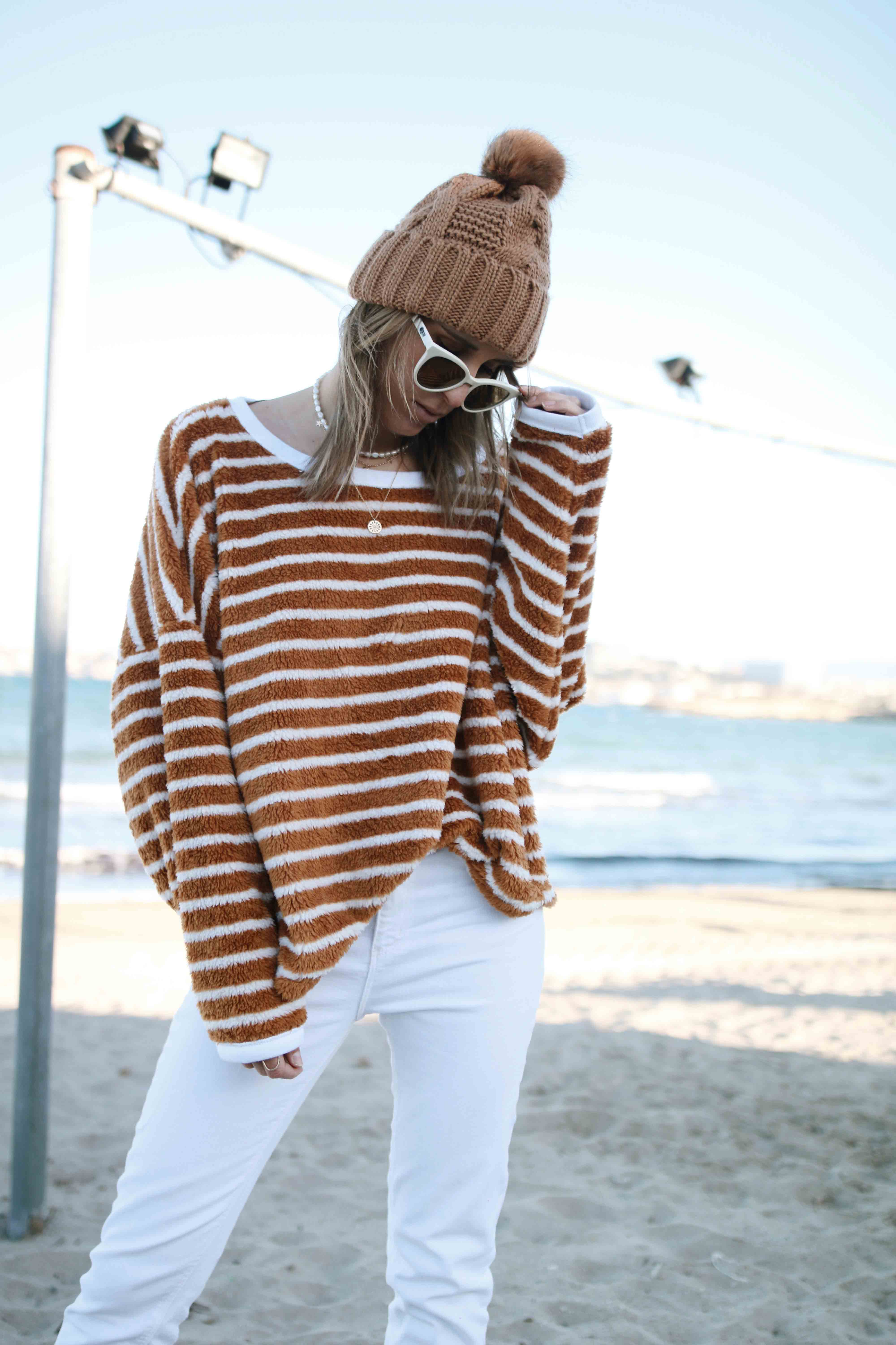 @chon.and.chon free people sweater, casual styla