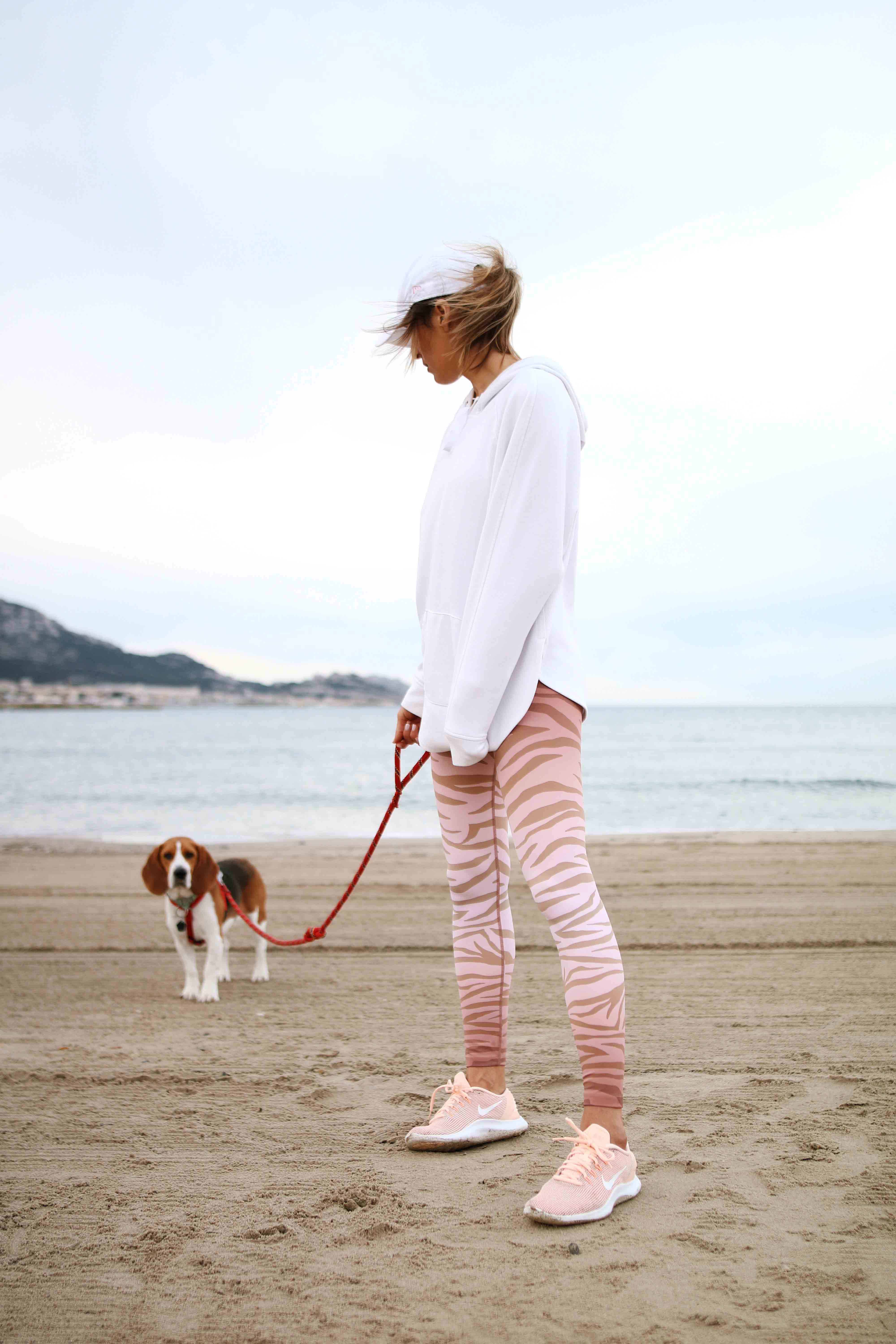 @chon.and.chon www.chonandchon.com beach riot legging, workout outift