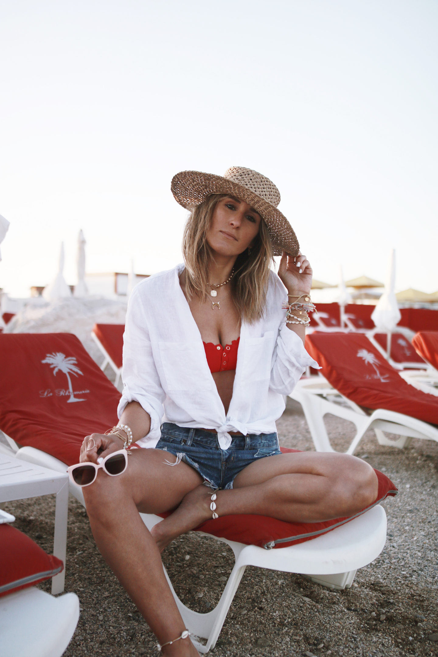 bikini rouge accessorize, look de plage