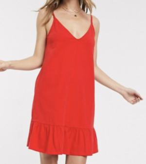 ASOS DESIGN – Robe d'été courte à décolleté en V et ourlet à volant – Rouge
