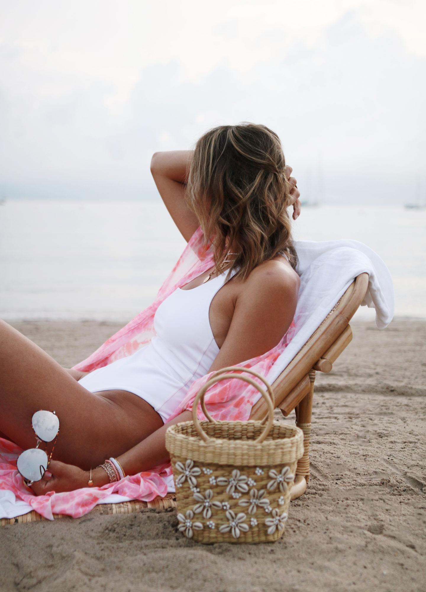 white bikini ans pink kimono