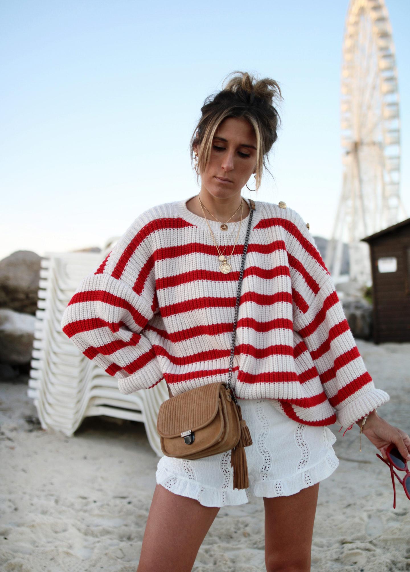 @chon.and.chon look de rentré, pull en laine rayé