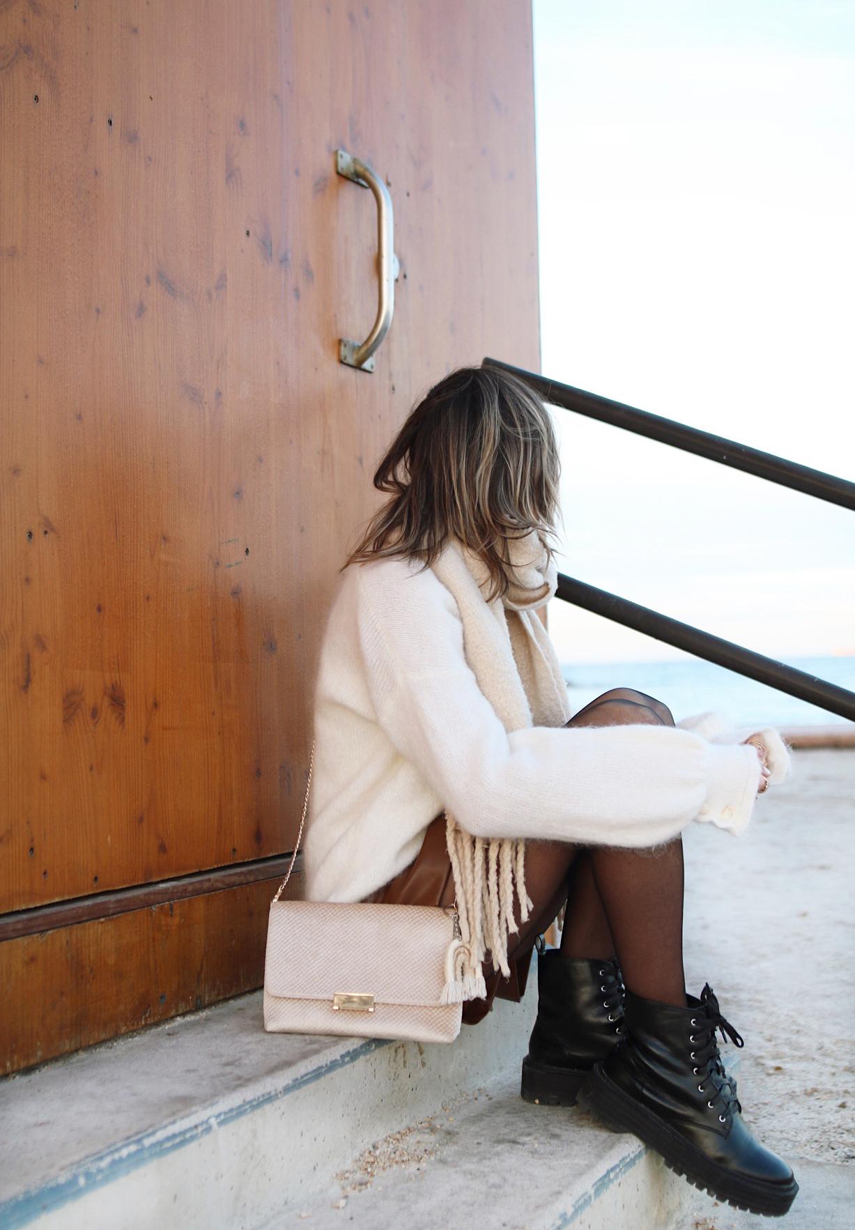 www.chonandchon.com jupe simili cuir zara gilet mia sézane