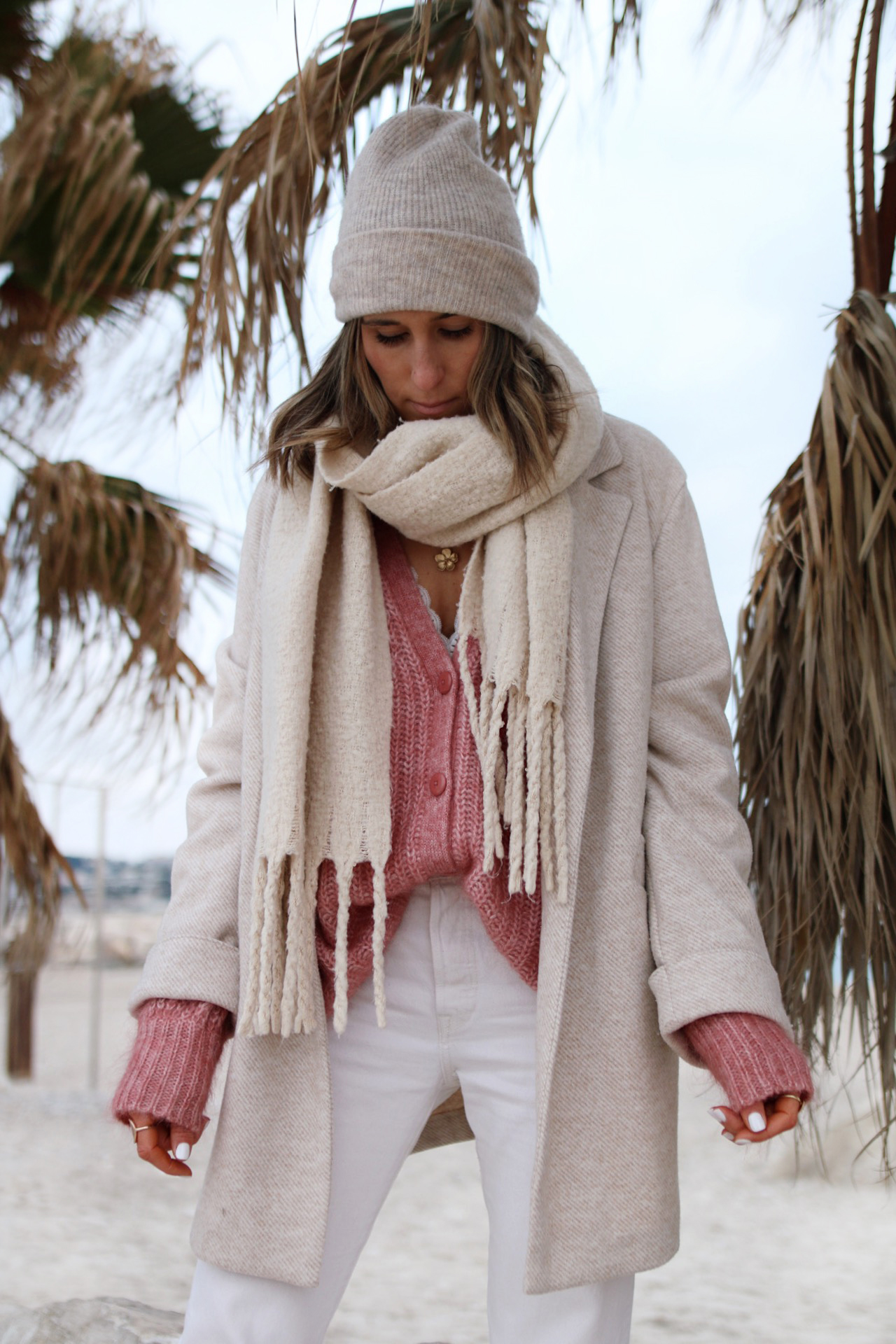 www.chonandchon.com gilet achille sézane rose