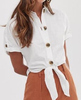 River Island – Chemise avec lien à nouer sur le devant – Blanc