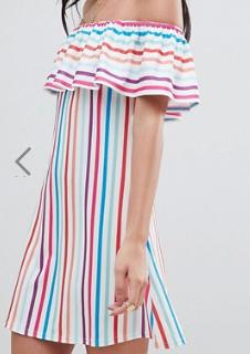 Boohoo – Exclusivité – Robe Bardot à rayures arc-en-ciel