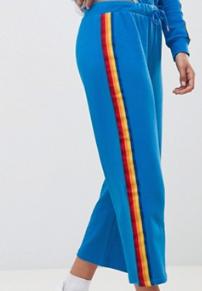 Noisy May – Jupe-culotte molletonnée avec bande latérale arc-en-ciel