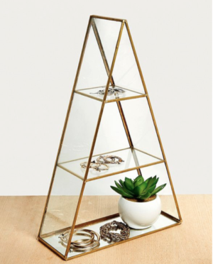 Grande boîte triangulaire Urban Outfitters